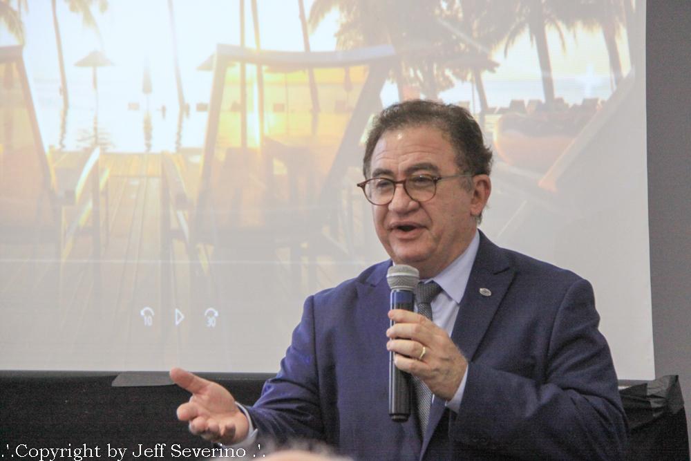 Manoel Linhares presidente da ABIH Nacional lançando Conotel em Floripa